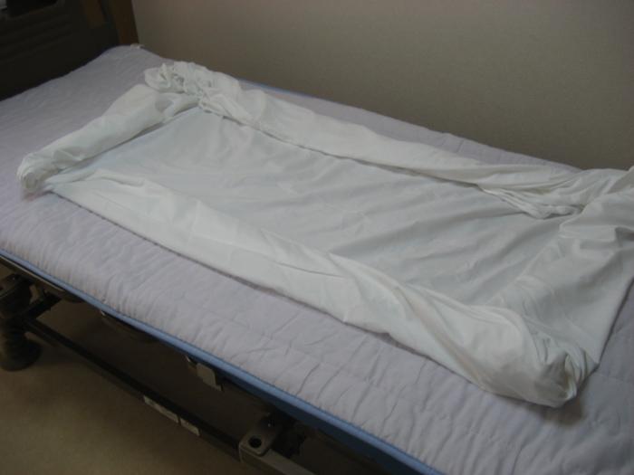 看護や介護のシーツ交換の手順